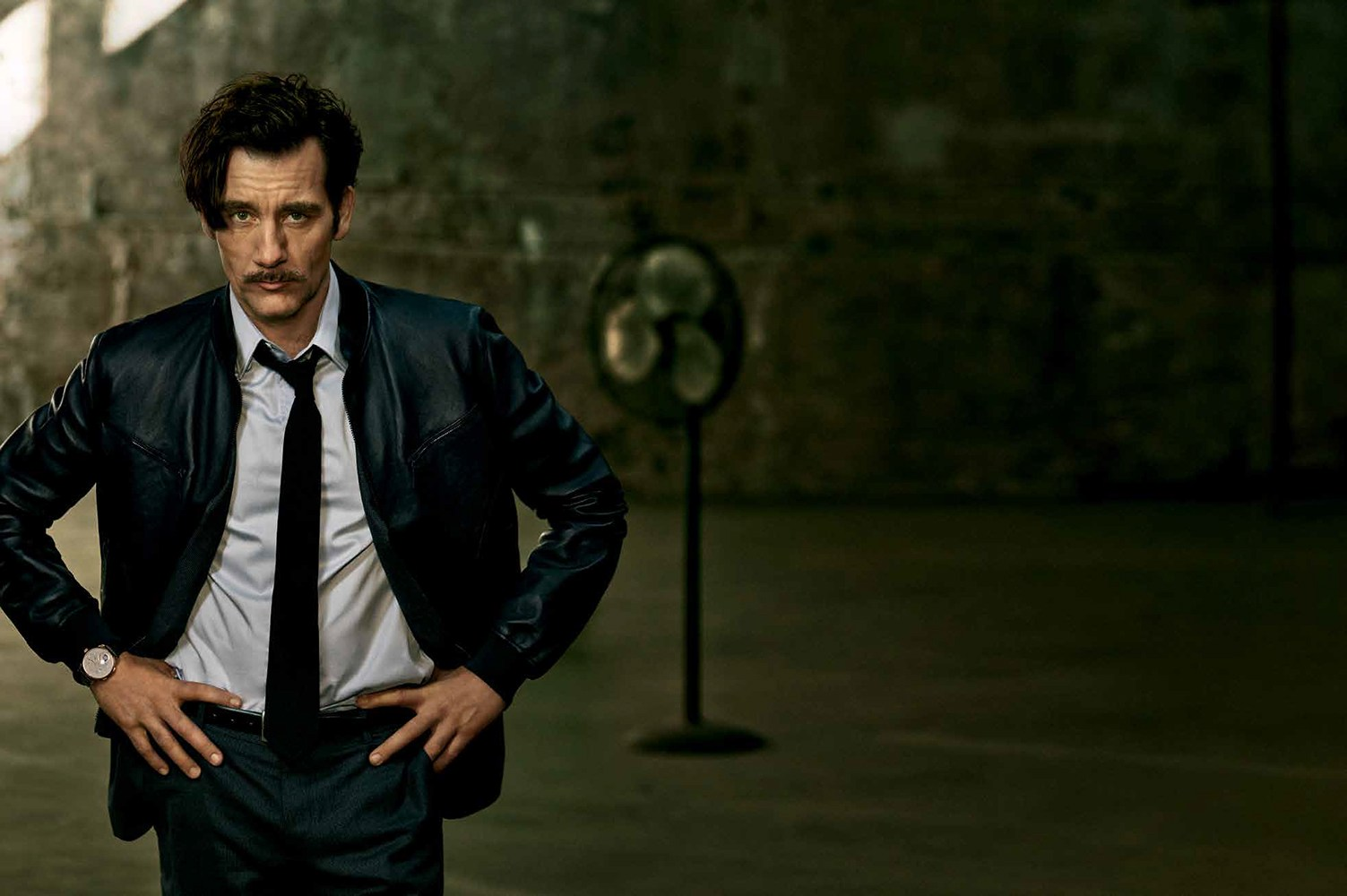 Clive Owen Covers Winter 2015 GQ Style Brasil