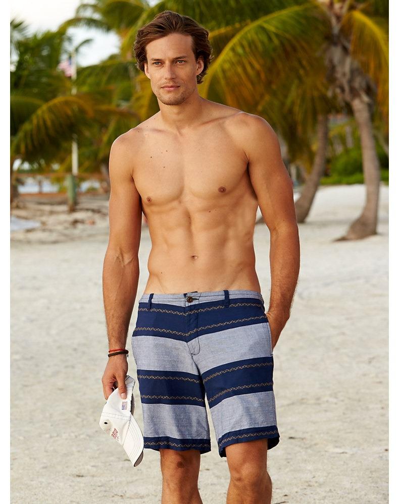 580303cdcd5e David Genat Models Summer Styles for Gorsuch. Gorsuch ...
