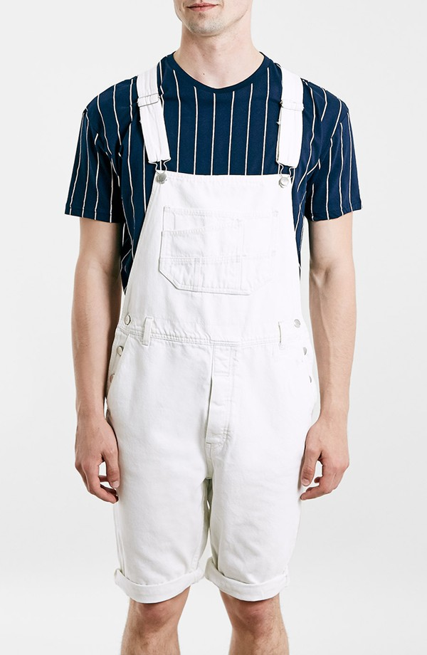 Dickies® Men's Indigo Bib Overall Traditional, super-tough bibs that feature a large front bib pocket with pencil dividers and a watch pouch. They're made of heavyweight, /4-oz. % cotton fine-weave denim with triple-stitched seams for long-lasting durability and a classic rigid feel.