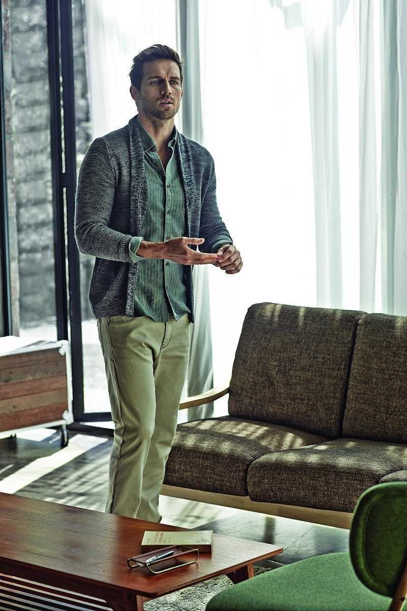 Andrew Cooper Models Classic Styles For Olzen Fall Winter