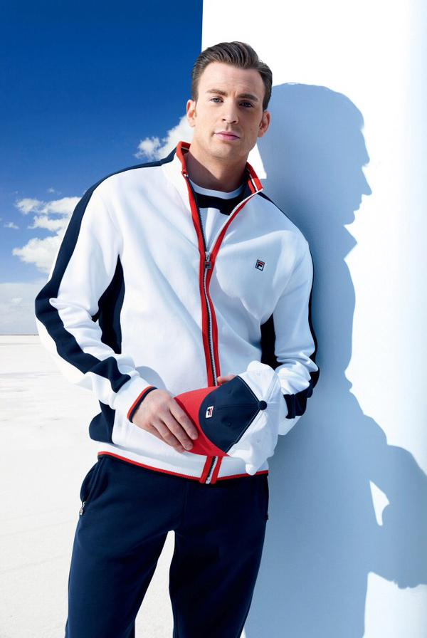 Chris Evans Is Sporty Vision For Fila China The Fashionisto