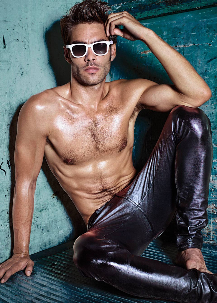 Jon Kortajarena Collaborates With Wolfnoir For Stylish