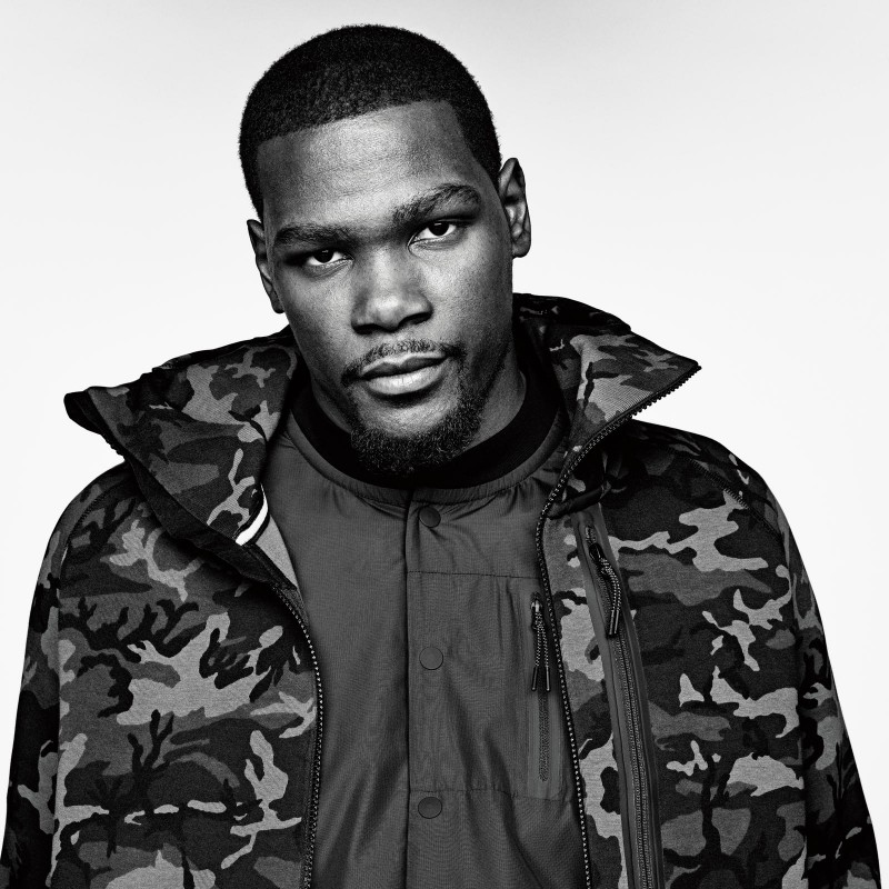 Basketball player Kevin Durant wears Nike Tech Fleece Collection.