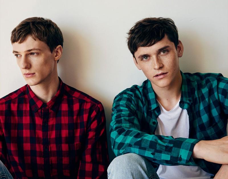 Models Tommaso de Benedictis and Anders Hayward sport Pull & Bear buffalo check shirts.