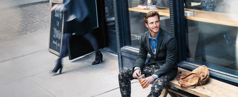 Rodrigo Calazans sports slim-cut camouflage pants with a sharp blazer for Tom Tailor Fall/Winter 2015