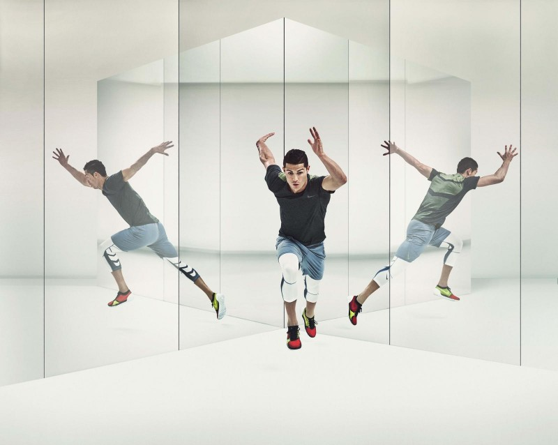 Cristiano Ronaldo works out in Nike's Free Trainer 3.0 V4 shoes.