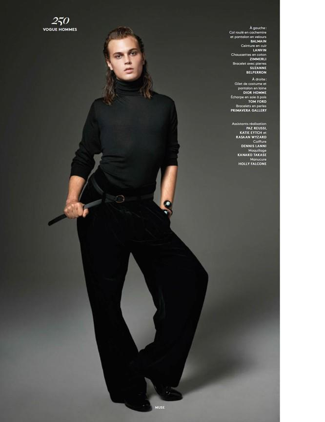 Michael-Bailey-Gates-Vogue-Hommes-Paris-Fall-2015-Photo-Shoot-003