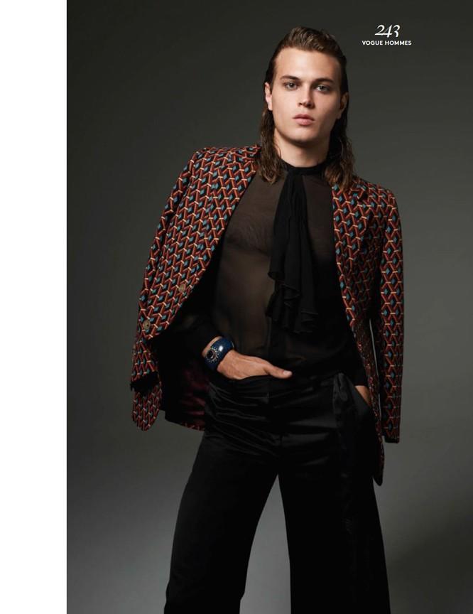 Michael-Bailey-Gates-Vogue-Hommes-Paris-Fall-2015-Photo-Shoot-005