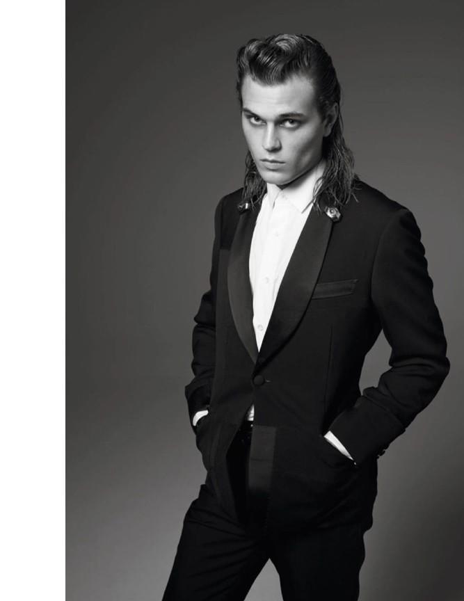 Michael-Bailey-Gates-Vogue-Hommes-Paris-Fall-2015-Photo-Shoot-006