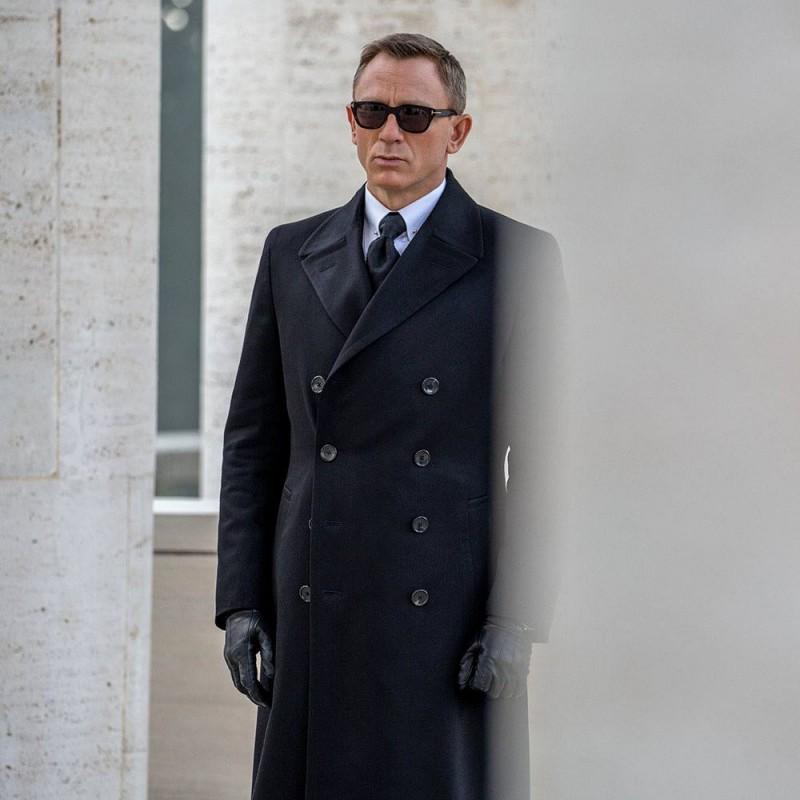 Spectre Style: Daniel Craig's James Bond Wears Tom Ford Fashions