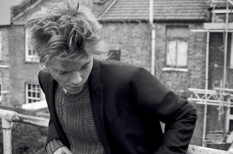 Thomas-Brodie-Sangster-2015-Photo-Shoot-LOfficiel-Hommes-NL-007