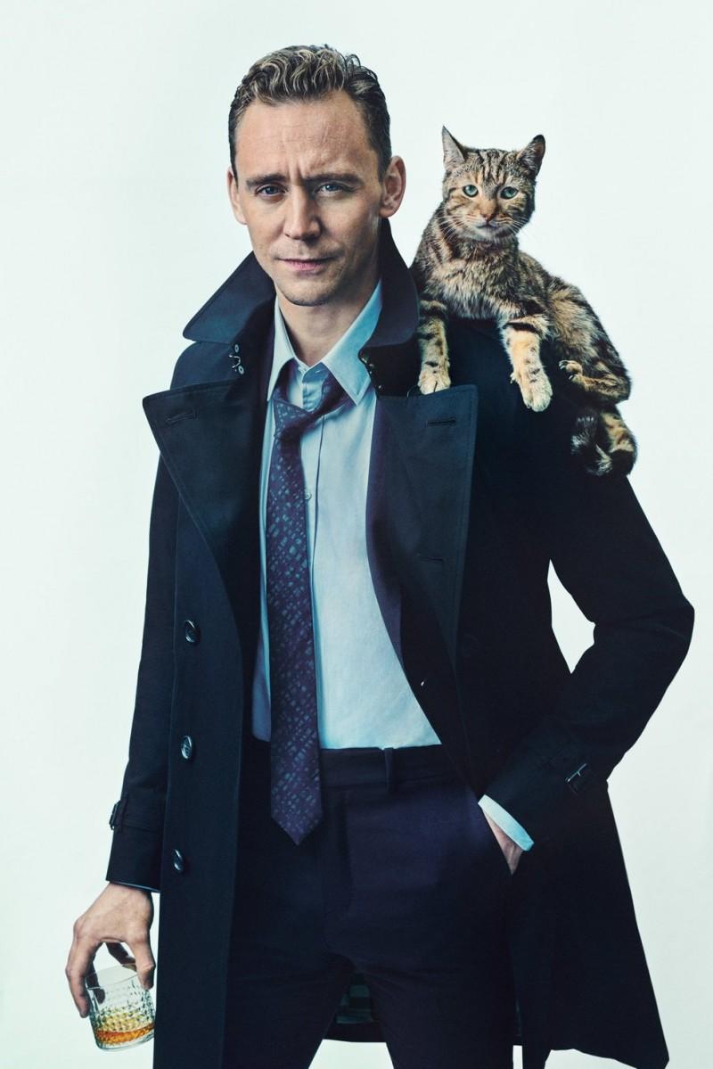Tom-Hiddleston-ShortList-2015-Cover-Photo-Shoot-001