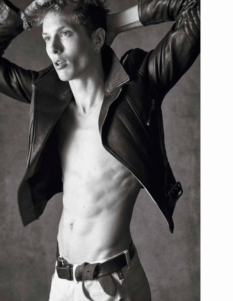 Vogue-Hommes-Fall-2015-Cover-Editorial-007