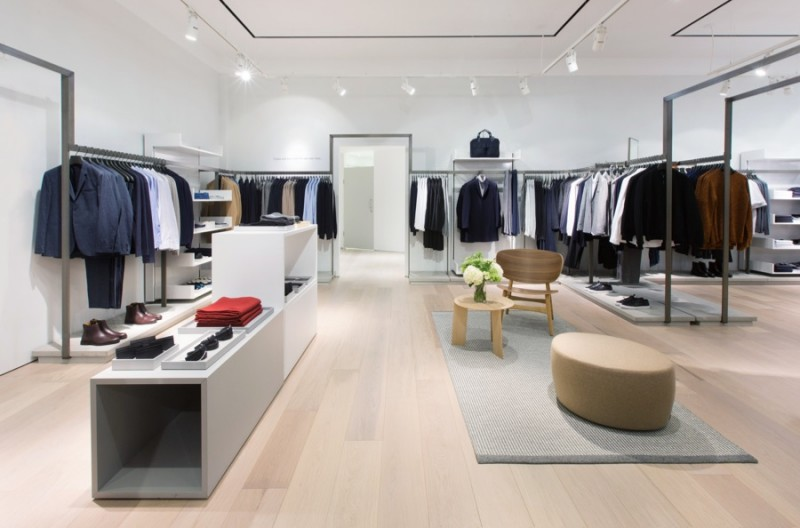 opens los angeles store   beverly center