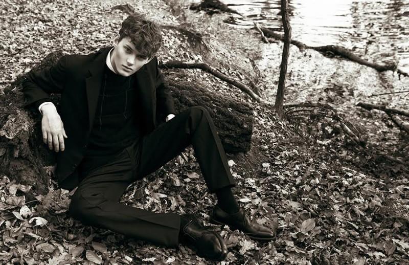 Fashionisto-Exclusive-Hermes-Fall-Winter-2015-Christopher-Paskowski-004