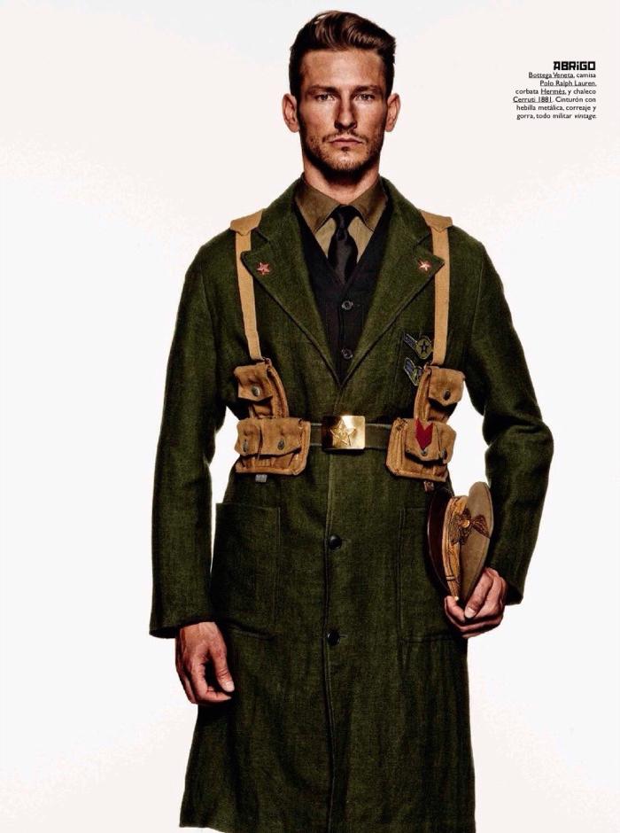 GQ-Espana-2015-Military-Style-Editorial-006