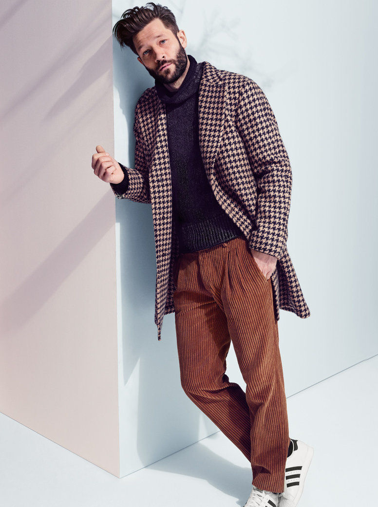 Soft tailoring and smart separates come together for an effortlessly chic ensemble.