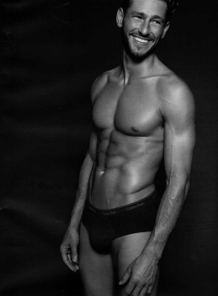 Fashion for Men Beauty: Parker Gregory, River Viiperi + More