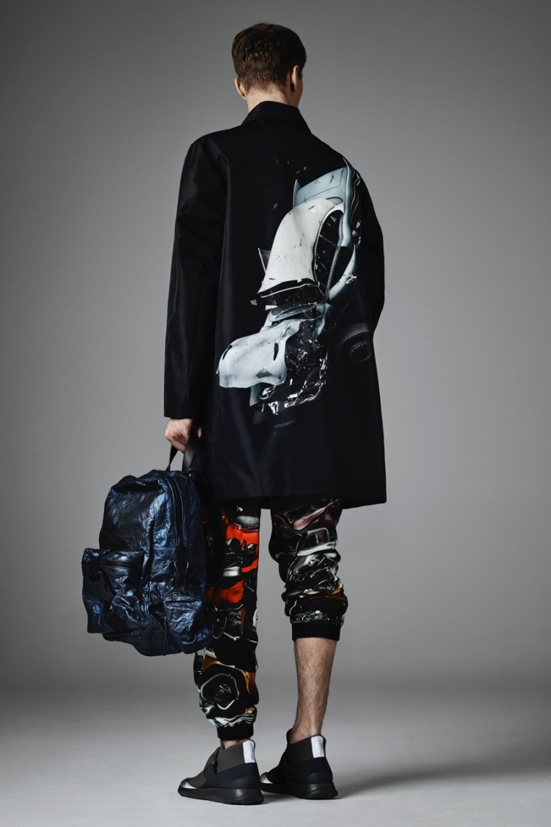 Christopher-Kane-2016-Fall-Winter-Mens-Collection-Look-Book-024