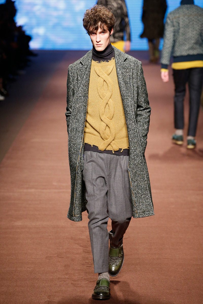 Etro's statement pieces for fall-winter 2016 include braid detail sweaters with deconstructed hemlines.