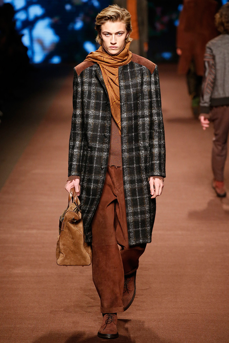 Etro embraces tartan with must-have coats for fall-winter 2016.