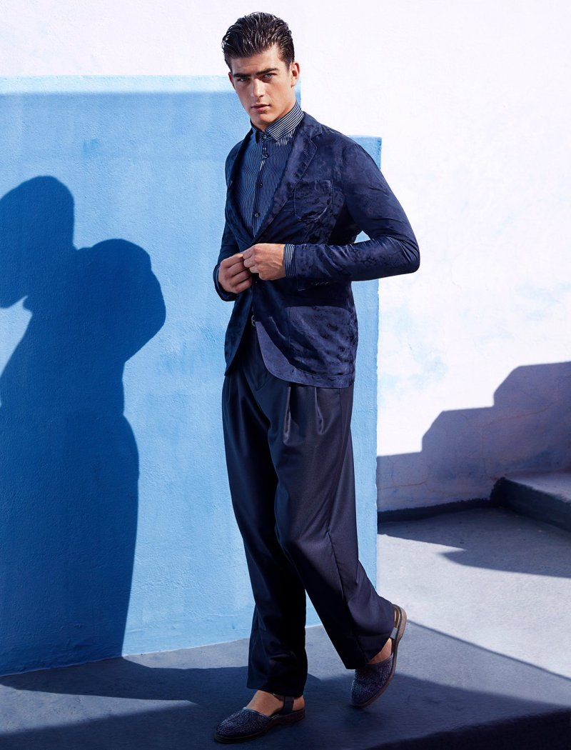 Giorgio Armani Makes a Case for Relaxed Spring Tailoring