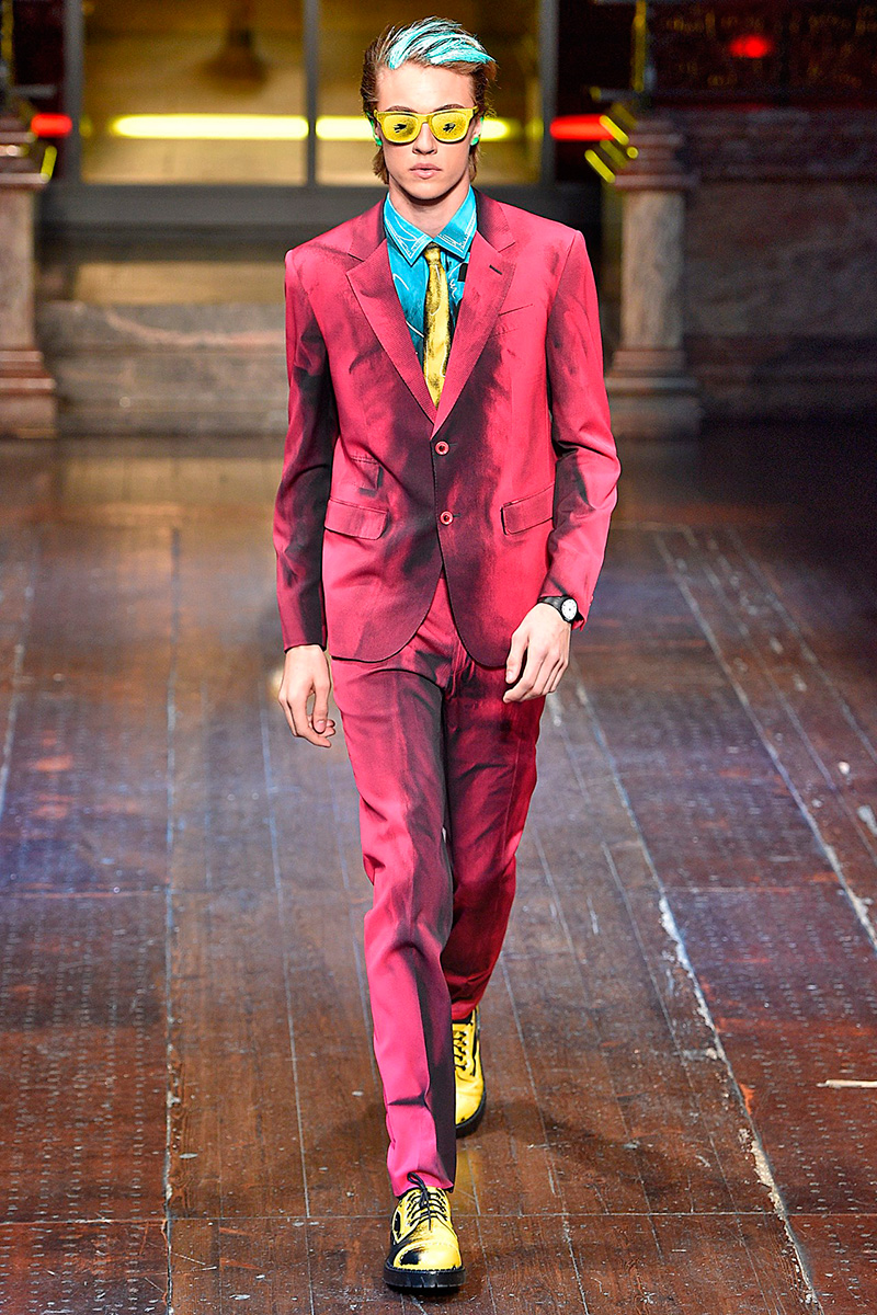 Moschino-2016-Fall-Winter-Mens-Collection-001
