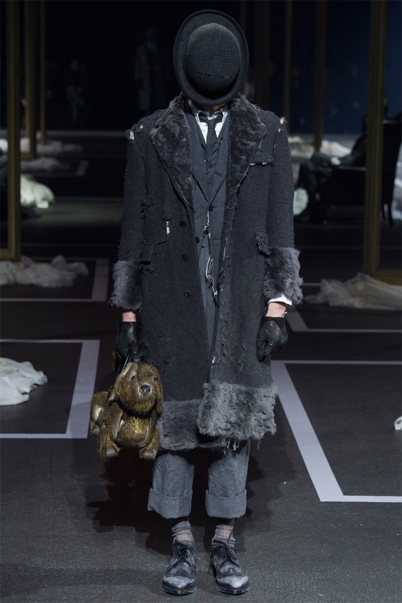 123116bc5b5 Thom-Browne-2016-Fall-Winter-Mens-Collection-002