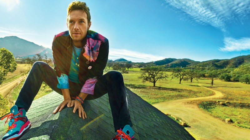 Chris Martin poses for a photo lensed by Peggy Sirota for Rolling Stone.