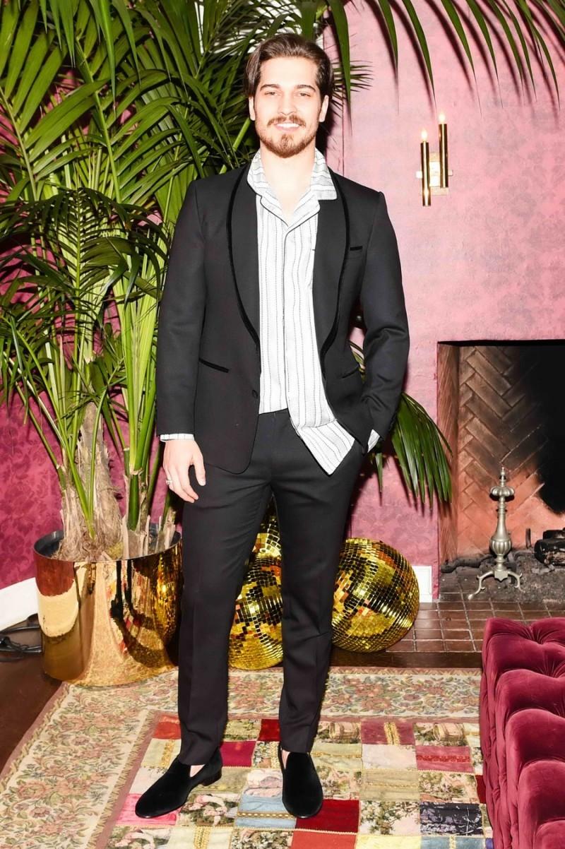 a0b57bf2fe263b Dolce   Gabbana Hosts Stylish Pajama Party
