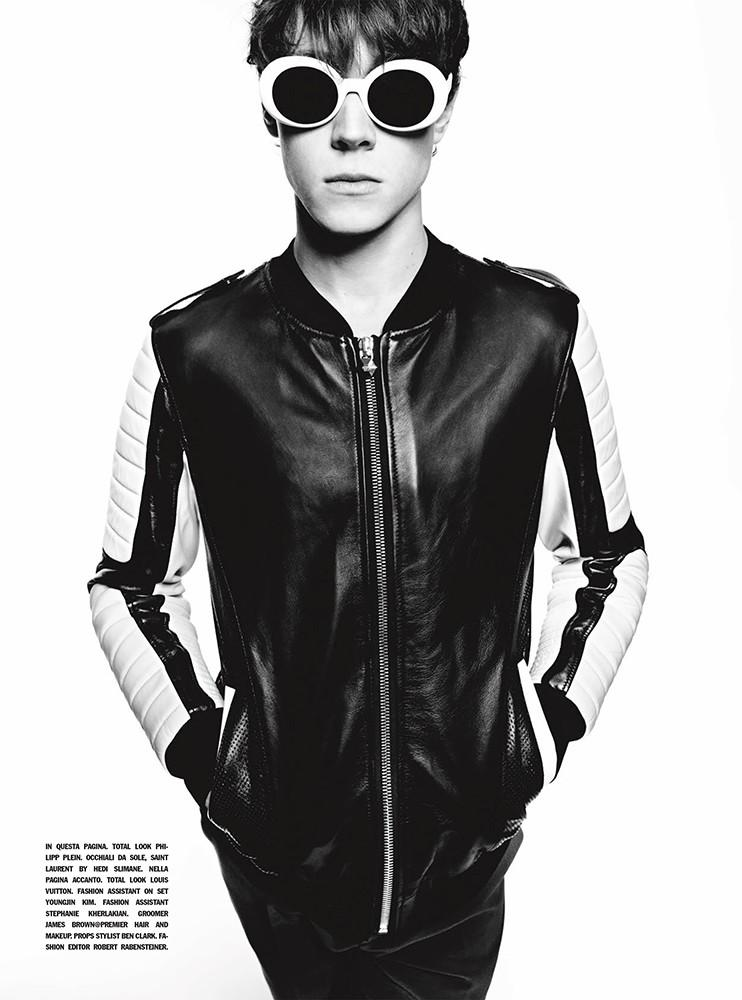 George Mackay embraces moto style in a leather jacket from Philipp Plein.