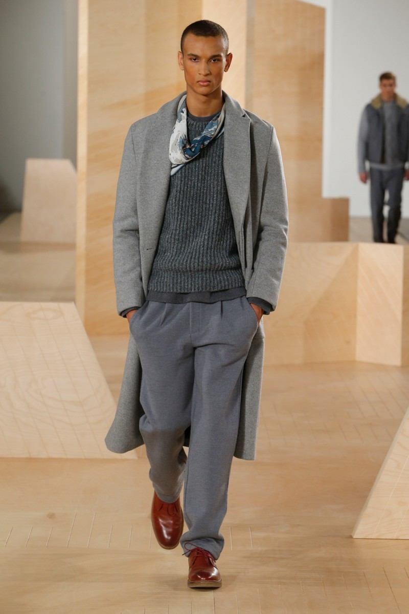 Perry Ellis embraces relaxed shades of grey for a sleek ensemble as part of its fall-winter 2016 menswear collection.