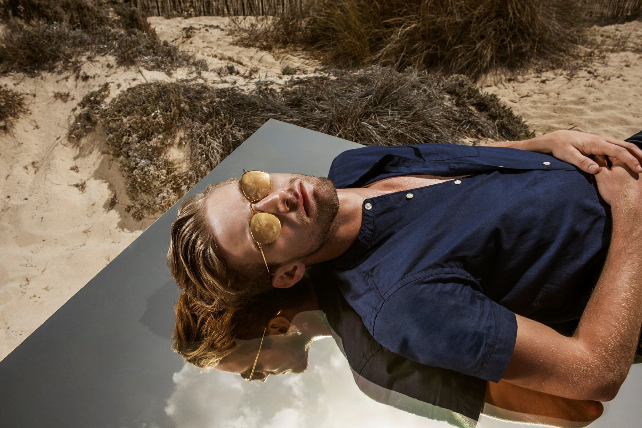 Linda Farrow Heads to the Beach for Spring Campaign