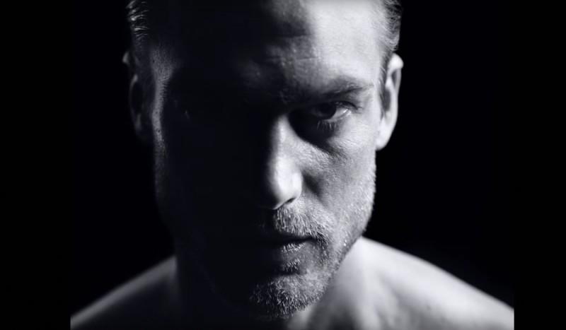 Still featuring model Jason Morgan for Giorgio Armani Acqua di Giò Profumo.