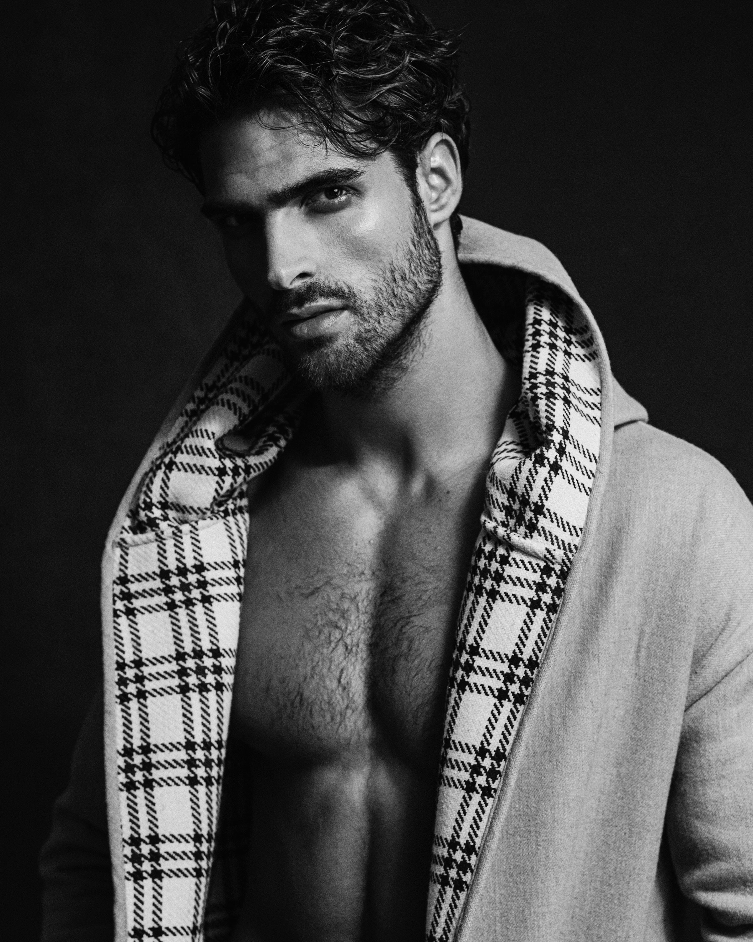 Exclusive: Sight Management Models by Alejandro Brito