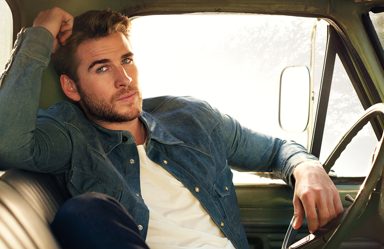 Liam Hemsworth Covers #legend, Talks 'Independence Day 2'
