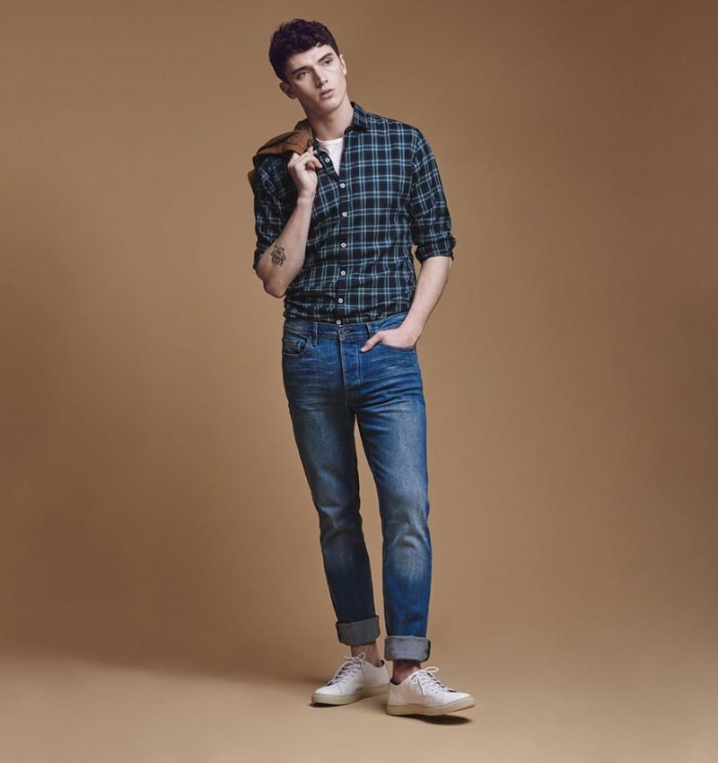 Matthew Holt wears Mango's Bob Straight-Fit jeans.