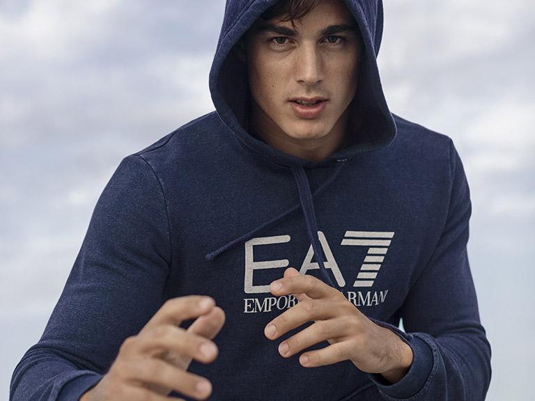 ea7-jumper