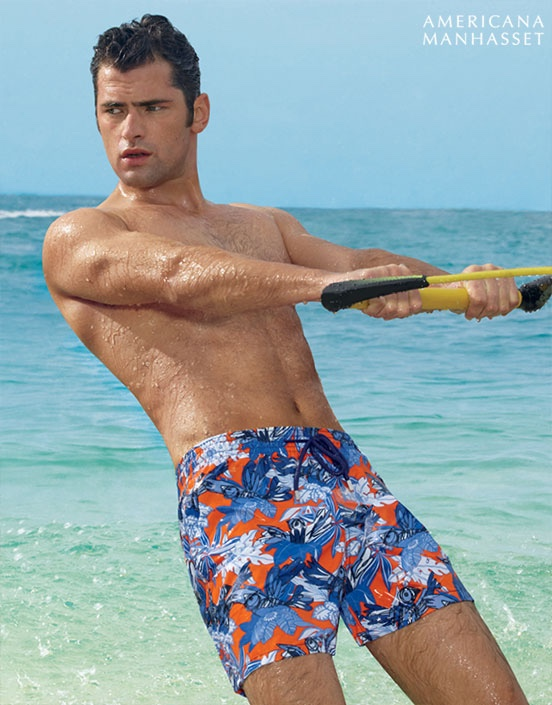 Hawaii 6-OH! Sean O'Pry Joins Americana Manhasset on Vacation