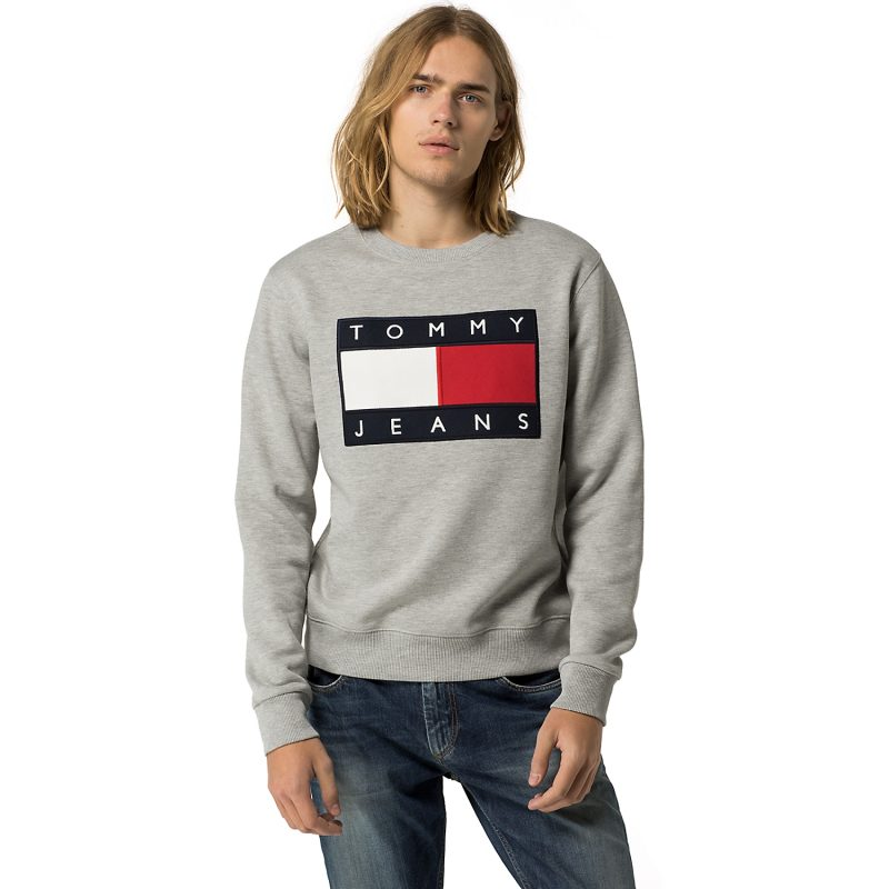 Hilfiger Denim Tommy Jeans Flag Sweatshirt in Grey