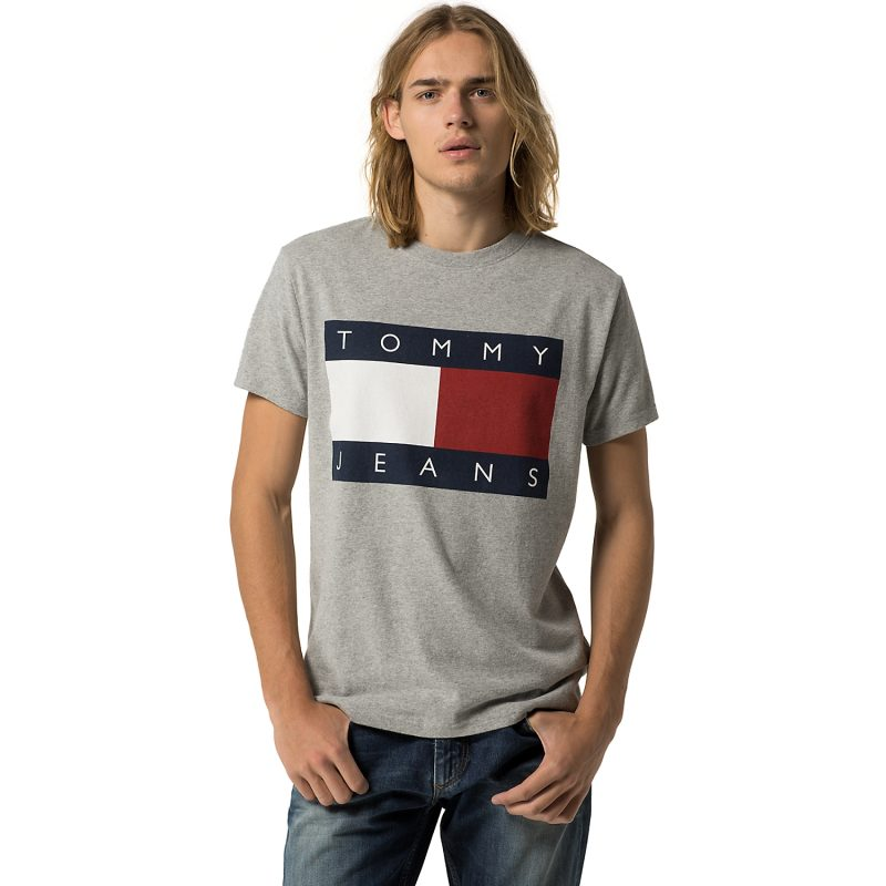 Hilfiger Denim Tommy Jeans Flag Tee in Grey