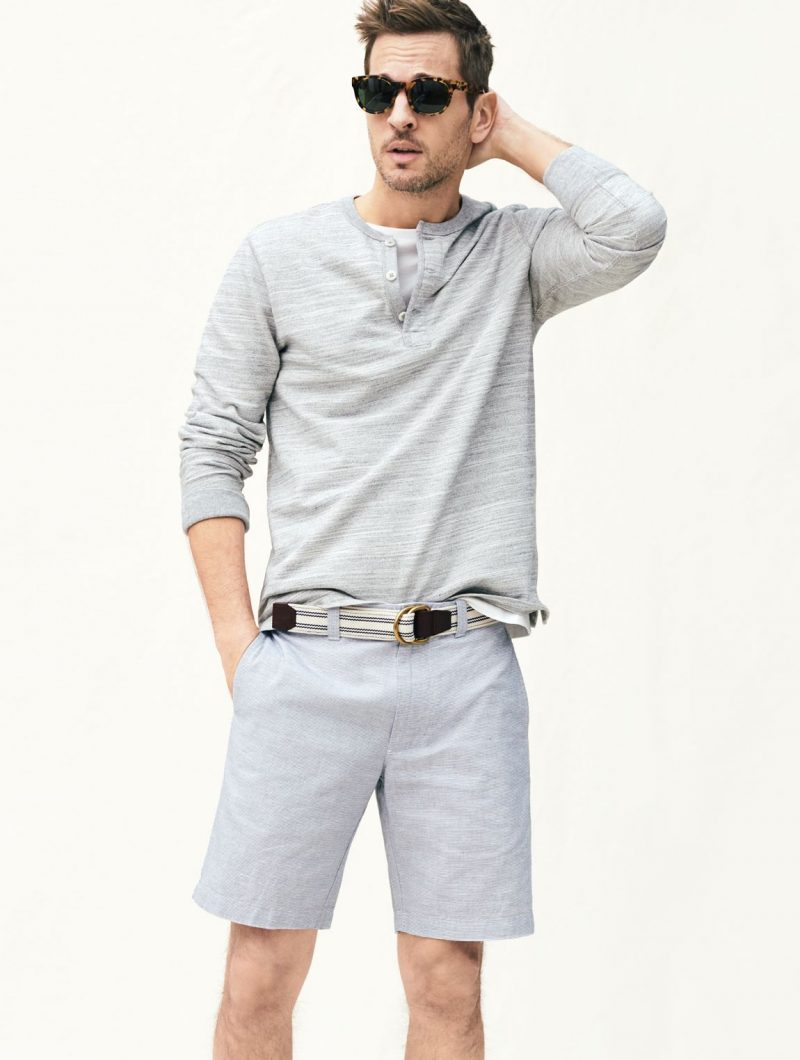 Kelly Rippy embraces a monochromatic ensemble, wearing a lightweight henley with J.Crew's Stanton shorts in an Irish linen finish.