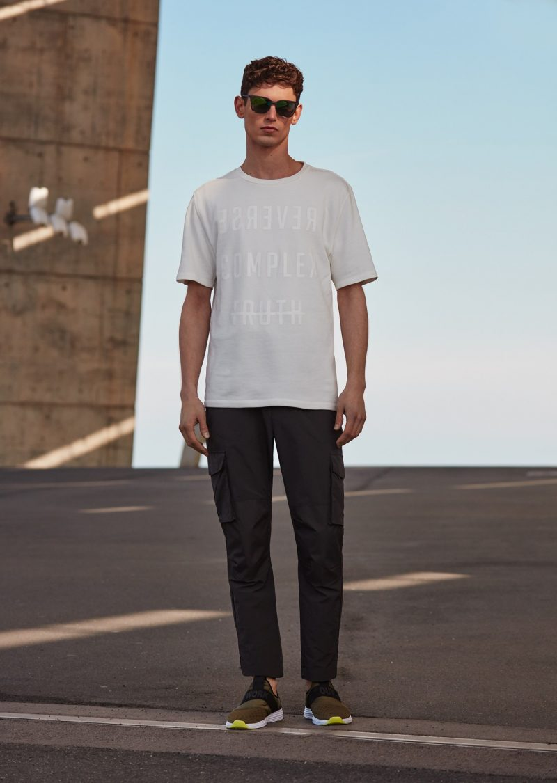 Sailing clothing sailing trousers amp shoes for men sailing clothes - Arthur Gosse Wears T Shirt Cargo Pants Sunglasses And Sneakers Mango