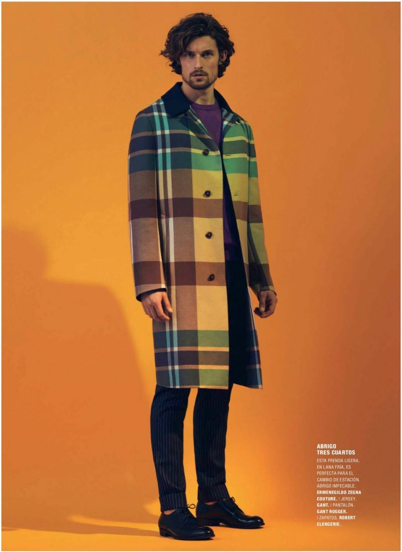 Wouter Peelen pictured in a plaid coat from Ermenegildo Zegna Couture for a Codigo Unico editorial, lensed by photographer Alfonso Ohnur.