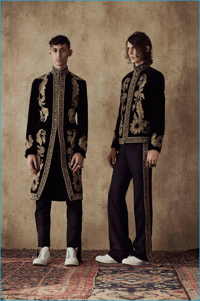 Alexander McQueen exudes elegance with embellished mandarin collar coats and jackets for spring-summer 2017.