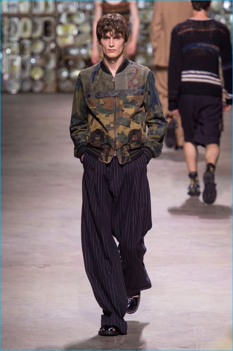 to wear - Noten van dries mens spring runway video