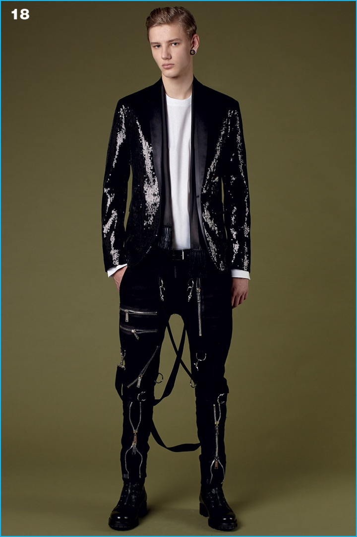 Sequins are front and center for quite the dinner jacket from Dsquared2's pre-fall 2016 collection.