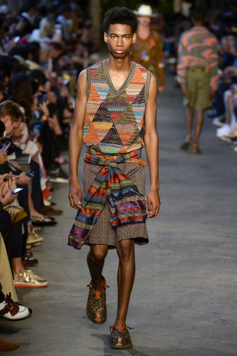 Keiron Caynes walks the runway for Missoni s spring-summer 2017 men s show  during Milan Fashion 359ba62fa