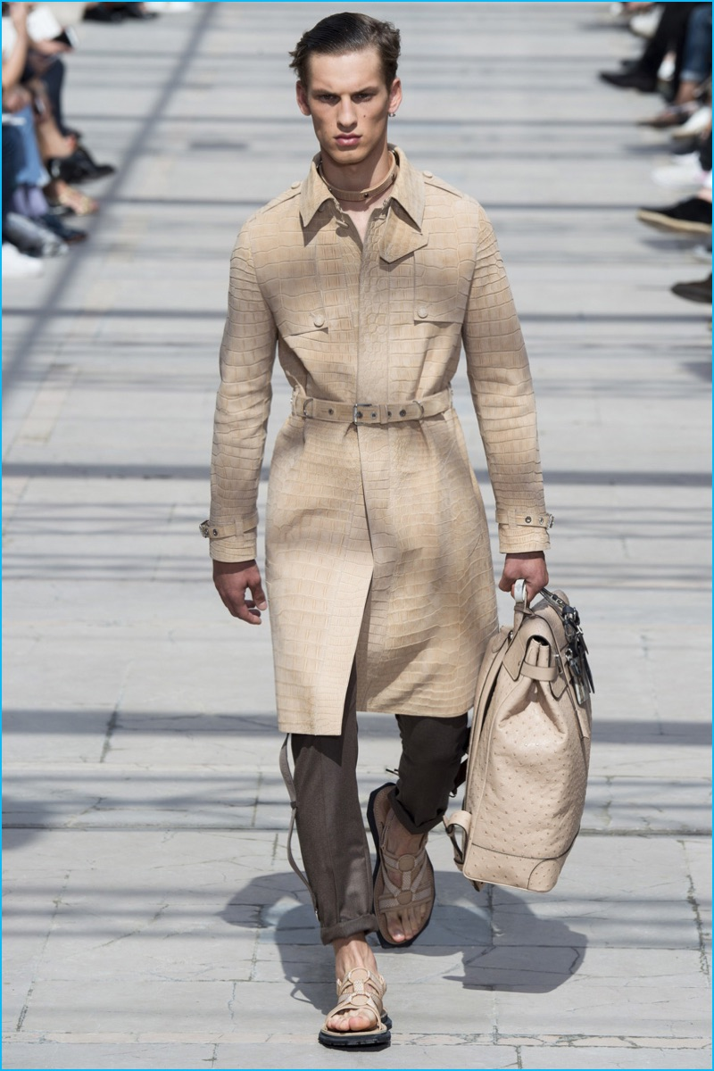 d3dfb3c99c67 Louis Vuitton embraces neutrals as the fashion house takes a safari for  spring-summer 2017