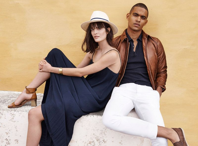 Terence Telle appears in a summer style outing from Massimo Dutti.